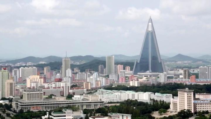 Ким Чен Ын выехал на переговоры с южнокорейским лидером