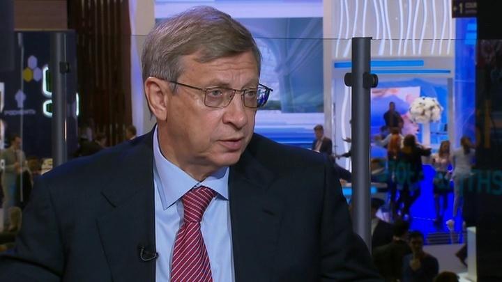 Евтушенков: на ПМЭФ приезжают не контракты заключать, а общаться и укреплять доверие