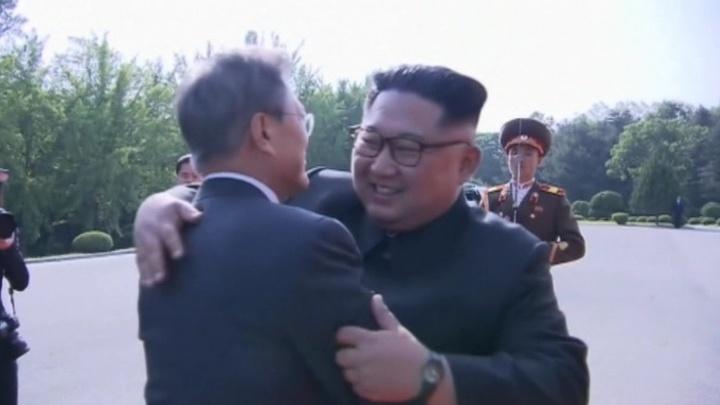 Ким и Мун снова встретились в Пханмунджоме