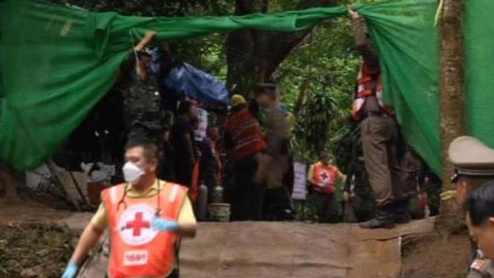 У спасенных из пещеры детей обнаружена инфекция