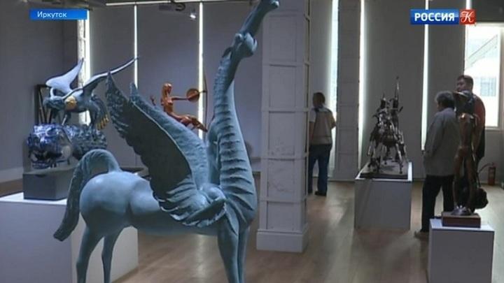В Иркутске проходит выставка скульптур Даши Намдакова