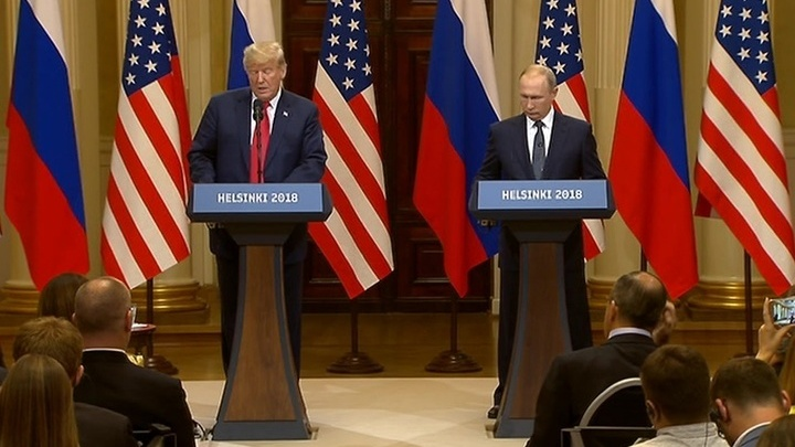 Встреча лидеров России и США стала самым обсуждаемым политическим событием месяца