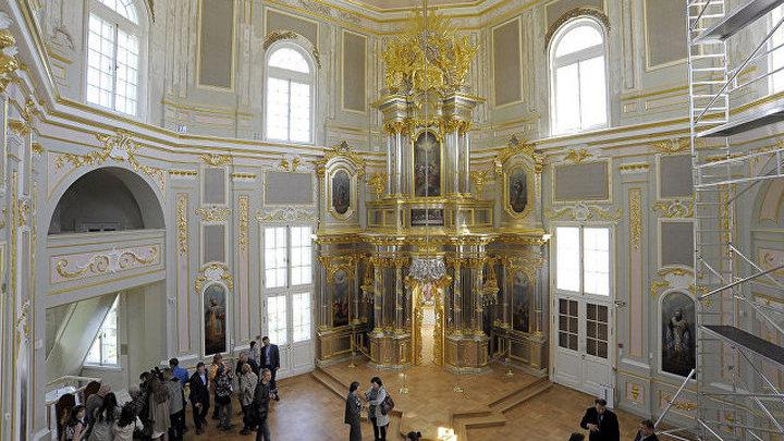Церковный павильон Большого Меншиковского дворца открыли после реставрации