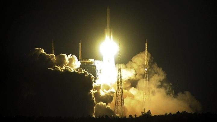 """Запустив """"Чанчжэн-5"""", работающую на жидком кислороде и водороде, Китай вошёл в эру экологически чистых ракет."""
