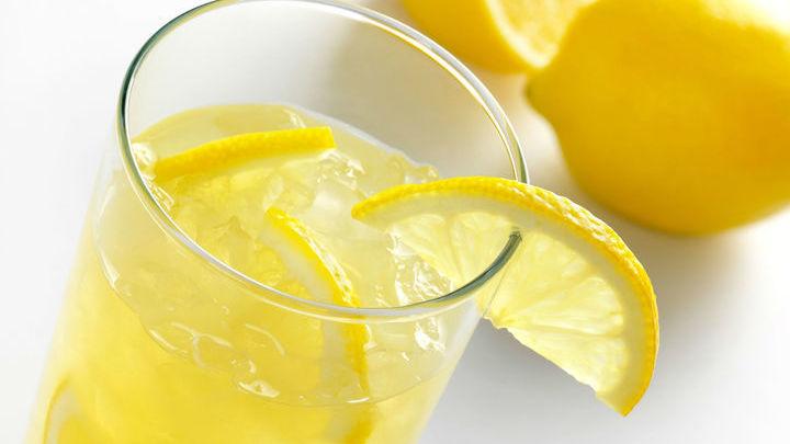 """Вкус лимонада """"телепортировали"""" прямо в стакан с обычной водой"""