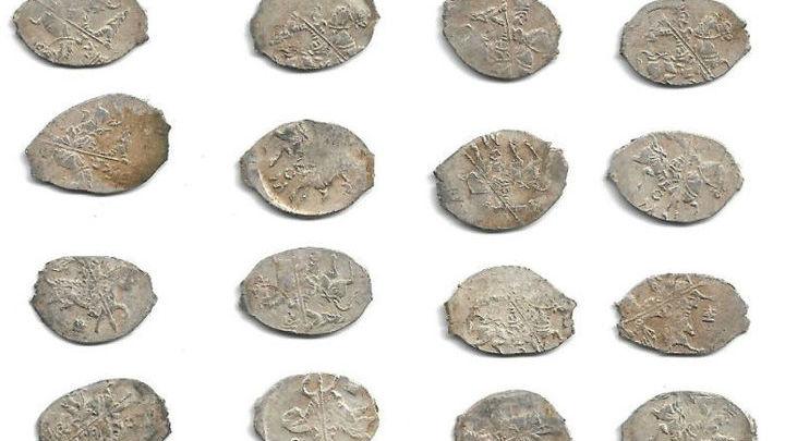 Большинство монет - новые, не бывавшие в обращении.