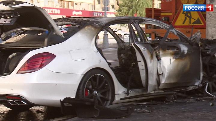 Причиной крупной аварии на Рублевском шоссе стал открытый люк