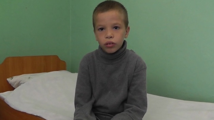 Девятилетний герой: мальчик спас семью до взрыва горящего дома