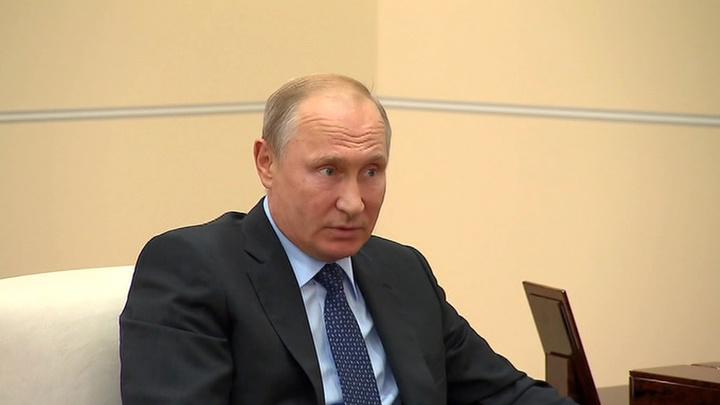 Путин сменил руководителей в трех регионах