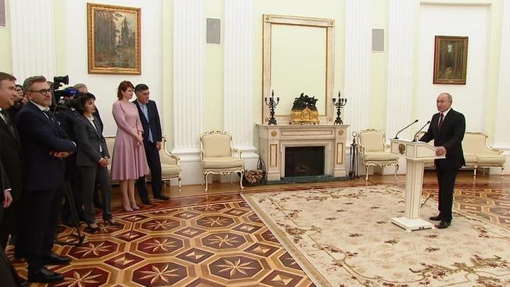 Президент России поблагодарил коллектив НТВ за работу