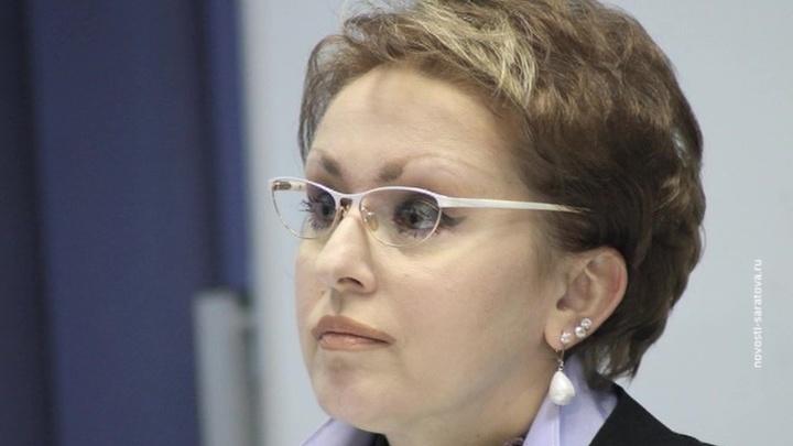 """Саратовский министр поплатилась должностью за """"макарошки"""""""