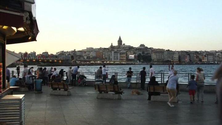 Отдыхающие в Турции российские туристы не стремятся досрочно возвращаться домой