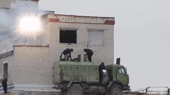 Российские самолеты Су-25СМ провели учения в горах Киргизии