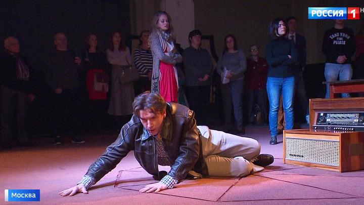 Необычная премьера в театре Наталии Сац: Орфей и Эвридика споют в советской квартире