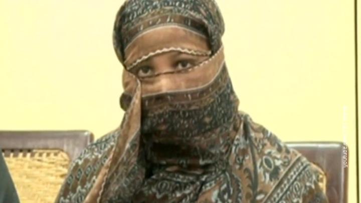 В Пакистане вышла на свободу христианка, обвиненная в богохульстве, и тут же скрылась