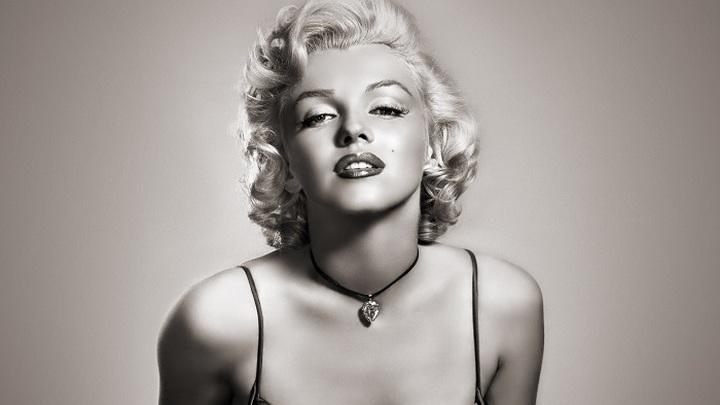 На аукционе в Лос-Анджелесе продали личные вещи Мэрилин Монро