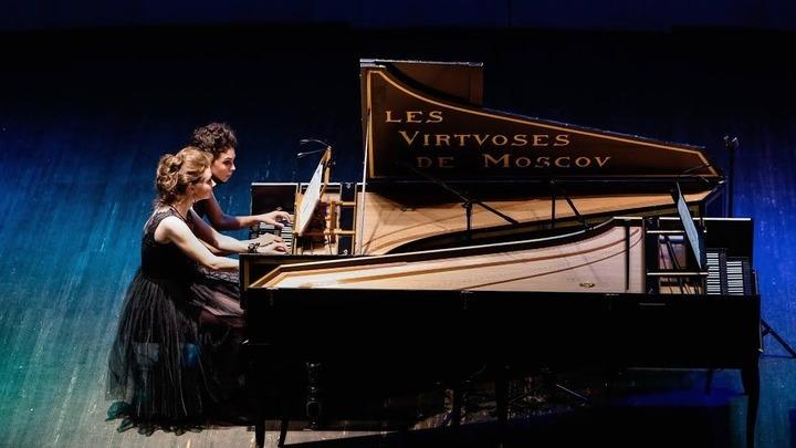 Выступление  Анны Кискачи и Анастасии Антоновой. Фото предоставлено Анной Кискачи и Анастасией Антоновой