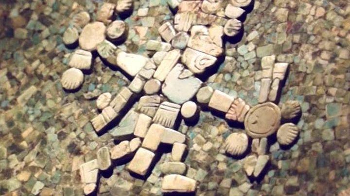 В Мехико открылась выставка изделий из бирюзы и нефрита доколумбовых времён