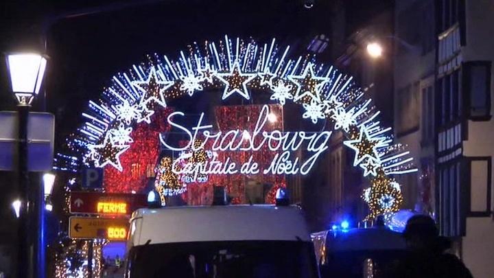 Рождественская ярмарка в Страсбурге, закрытая после теракта, сегодня возобновит работу
