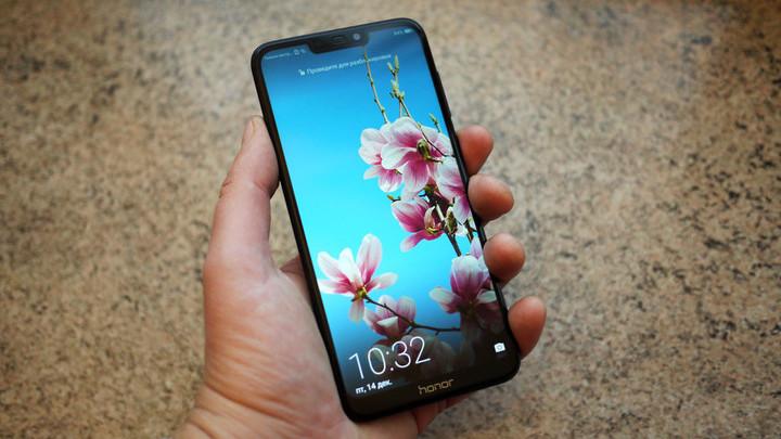 Обзор смартфона Huawei Honor 8C: запасливый бюджетник