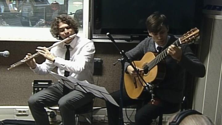 Хочу всё знать. Классическая музыка. Дуэт флейты и гитары на примере классической и современной музыки:
