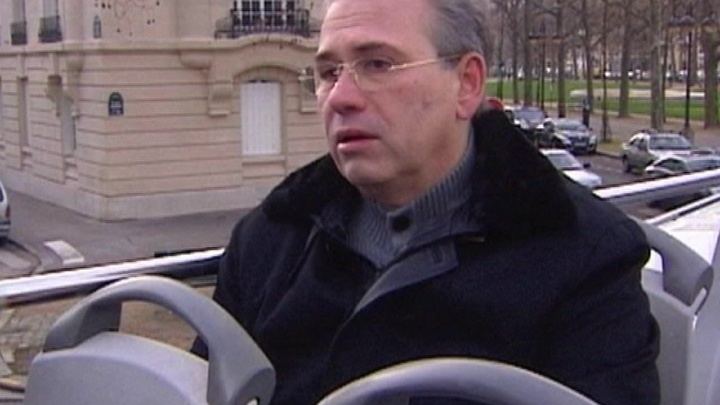 Беглый министр Кузнецов пересел в автозак