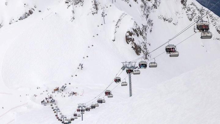 В Сочи под лавиной погибли двое туристов