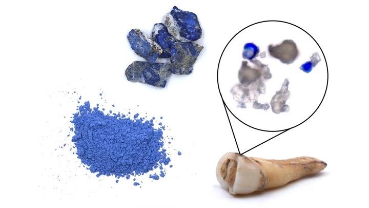 Ультрамариновый пигмент получали из перетёртого минерала лазурита. В Средние века он стоил дороже золота.