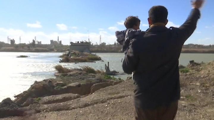 Сирийцы просят Россию построить мост через Евфрат