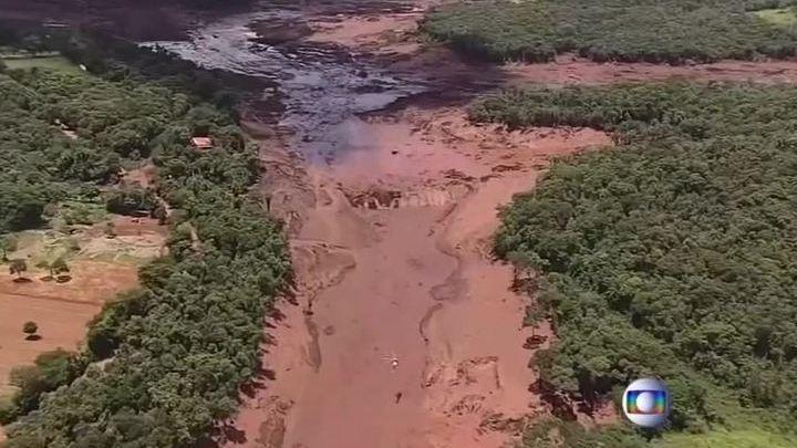 Прорыв плотины: 200 человек в Бразилии пропали без вести