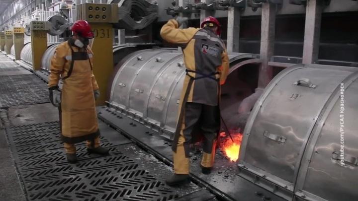 США сняли санкции с трех связанных с Олегом Дерипаской компаний