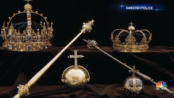 Шведская полиция нашла в мусорном баке две королевские короны и державу