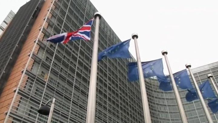 Правительство Британии хочет перенести день выхода из ЕС
