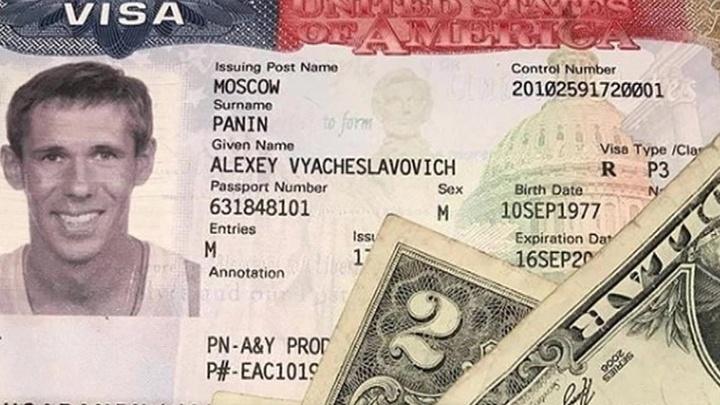 Скандально известный актер Панин попрощался с Россией. Ненадолго