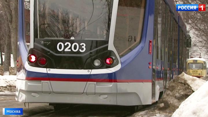 Умный трамвай подскажет водителю, когда притормозить