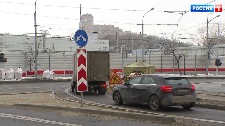 Разделительная полоса стала взлетной: странная разметка на Волоколамском шоссе