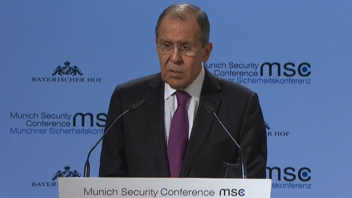 Лавров: ЕС страдает от навязанных санкций, Россия хочет видеть его сильным