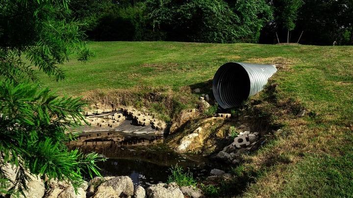 Анализ сточных вод представляет собой простой и дешёвый способ изучения микробиологической опасности.