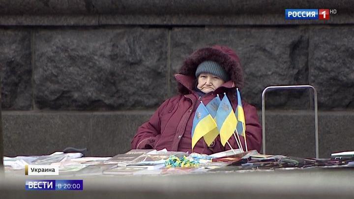 Порошенко мешает карты, но отстает: его второй срок Украина не выдержит