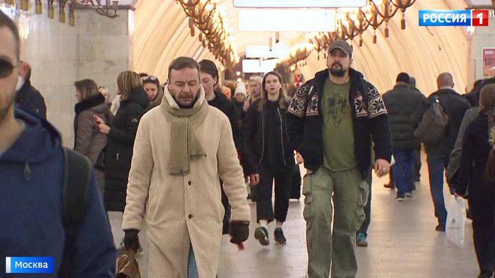 Московское метро заговорило с пассажирами языком кино