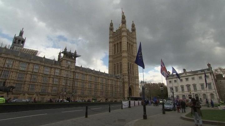 Нижняя палата британского Парламента одобрила проект об отсрочке Брекзита