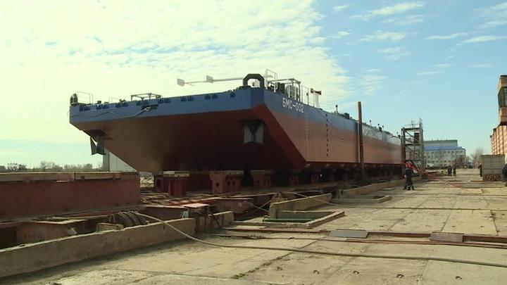В Астраханской области состоялась церемония спуска на воду нового судна