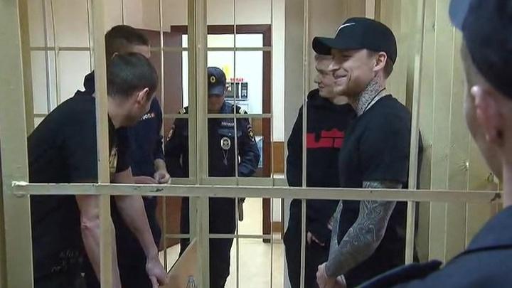 Дело Мамаева и Кокорина: первое заседание суда не внесло ясности в судьбу хулиганов