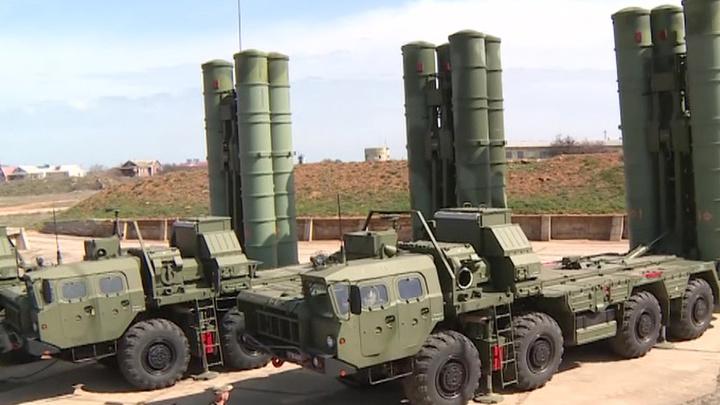 Истребители Су-34 и комплексы С-400 провели в Крыму учения