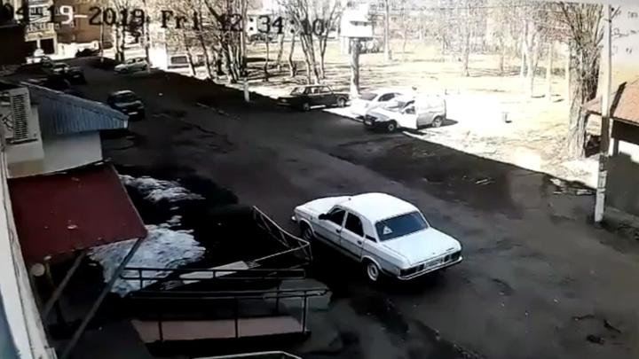 Нижнекамский пенсионер чудом выжил во время взрыва его автомобиля