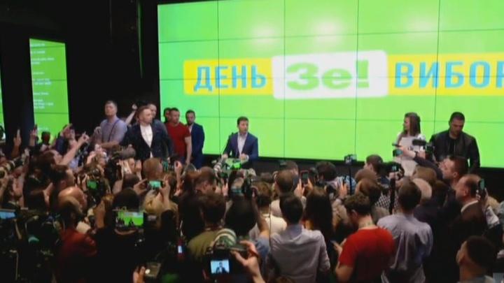 Первый день после победы: Зеленский анонсировал громкие отставки и новые законы
