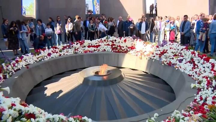 В Армении и во всем мире чтят память жертв геноцида армян в Османской империи
