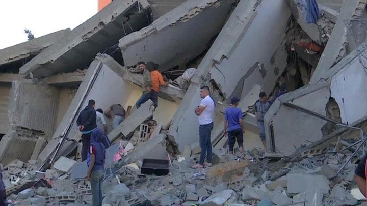 Жертвами ракетных ударов между Израилем и Палестиной стали около 30 человек