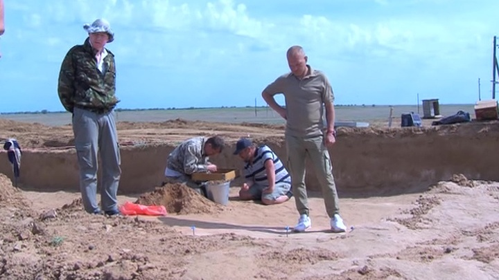 В кургане под Астраханью нашли клад двухтысячелетней давности