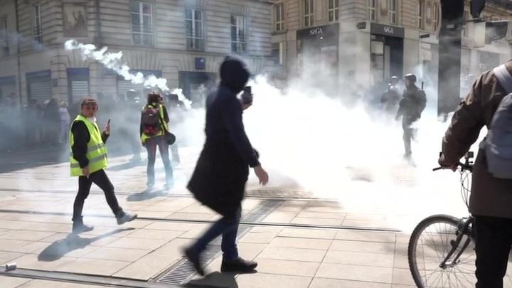 Французам надоедает бунтовать
